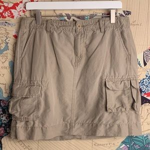 GAP khaki cargo skirt-
